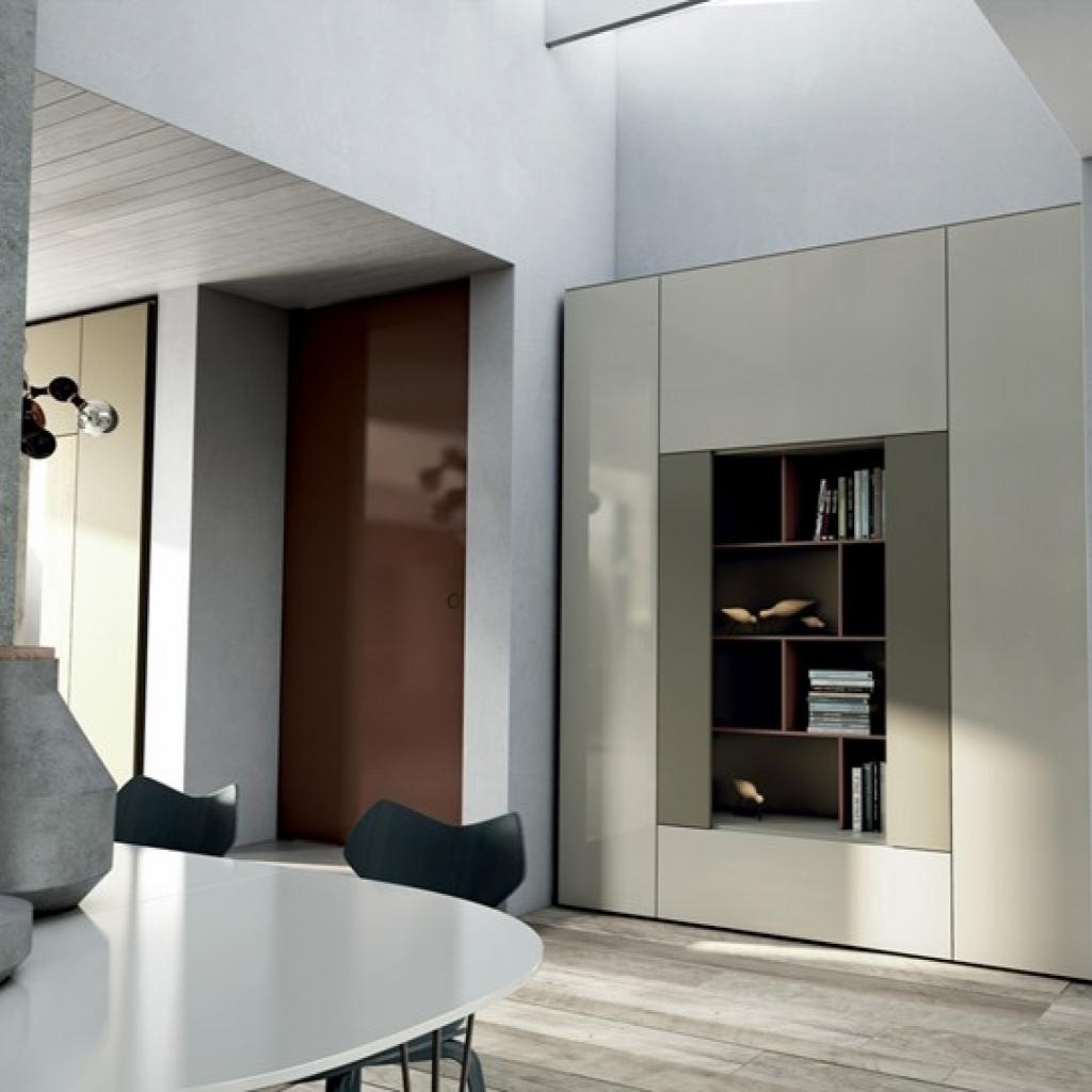 Libreria roomy con mensole e ante laterali by caccaro - Libreria da camera ...